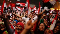 Jubelent crowd after Morsi ouster