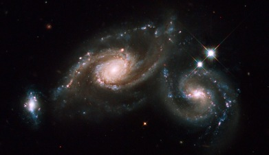 Hubble twin galaxies